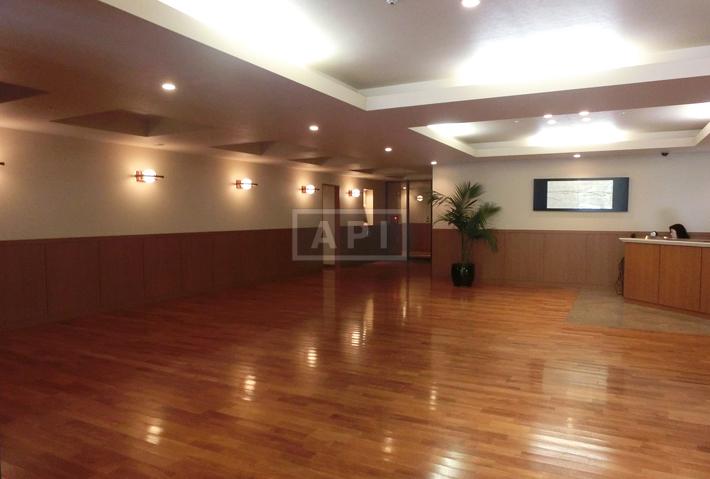 Sharing Hallway | AOYAMA DAIICHI MANSIONS Exterior photo 06