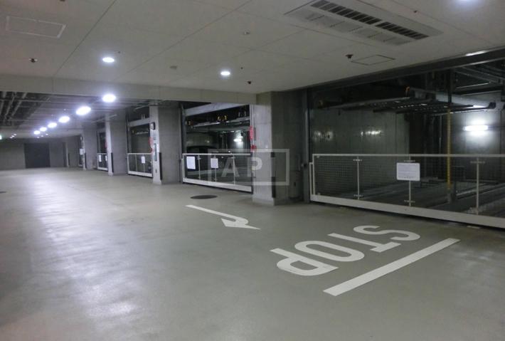 Car Parking(machine)   AZABU DAI-ICHI MANSIONS Exterior photo 16