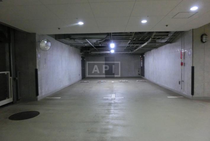 Car parking(Flat space)   AZABU DAI-ICHI MANSIONS Exterior photo 17