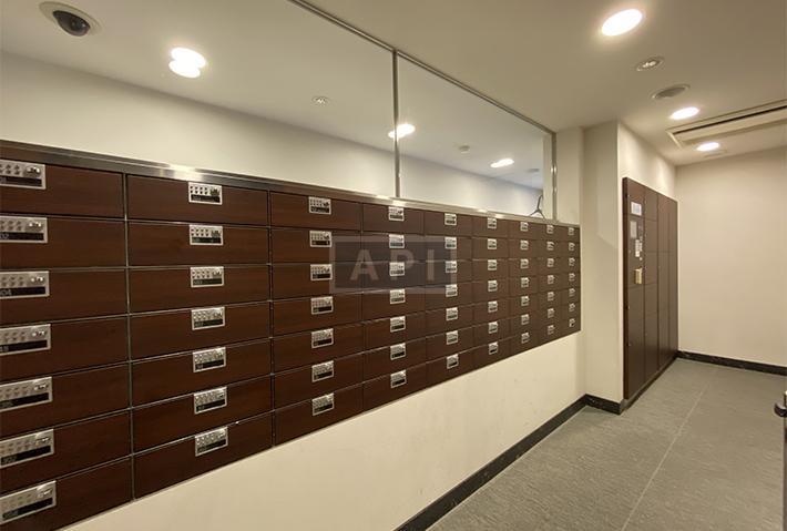 Mail box   AZABU DAI-ICHI MANSIONS Exterior photo 08