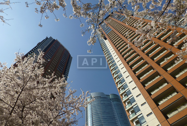 Exterior | ROPPONGI HILLS RESIDENCE C TOWER Exterior photo 02