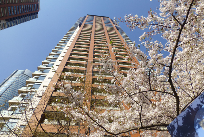 Exterior | ROPPONGI HILLS RESIDENCE C TOWER Exterior photo 03