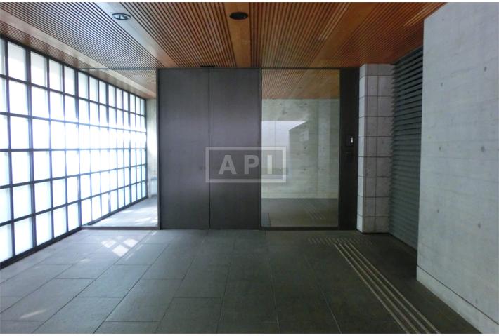 Entrance Hall   CHIDORIGAFUCHI HOUSE Exterior photo 06