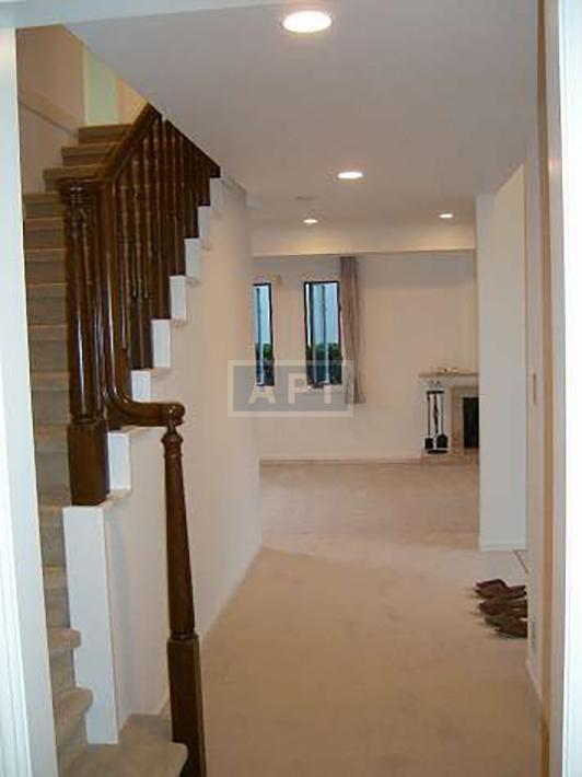   EGI COMPOUND A  Interior photo 08