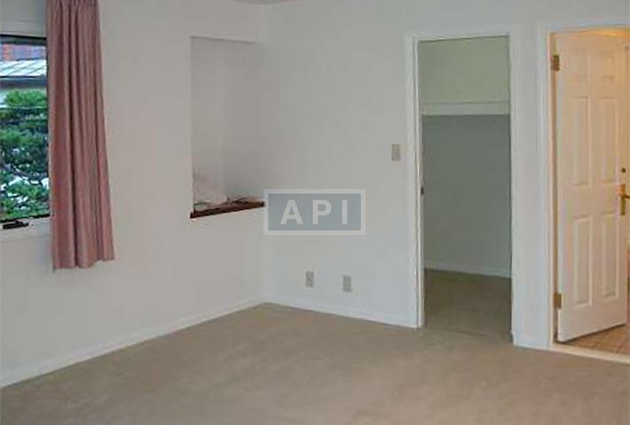   EGI COMPOUND A  Interior photo 16