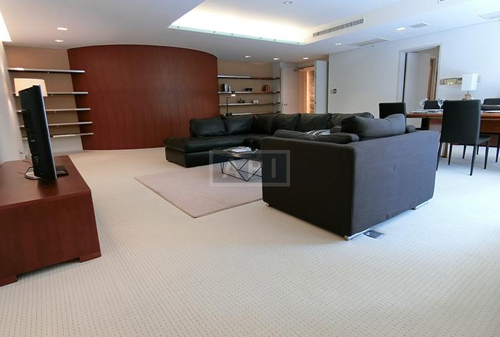   COURT MITA Interior photo 03