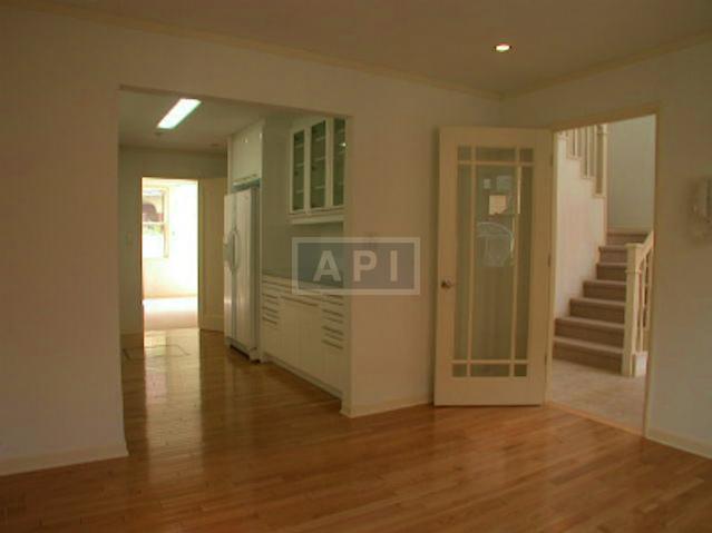 | JINGUMAE HOUSE #B Interior photo 07