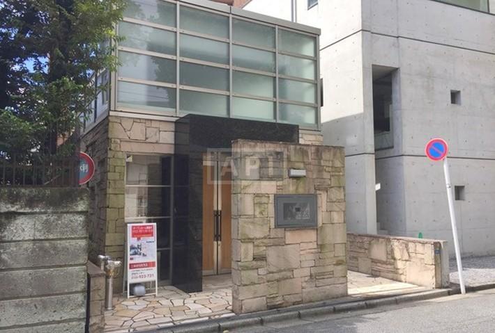   CLEMAGEU MINAMI AOYAMA Exterior photo 02