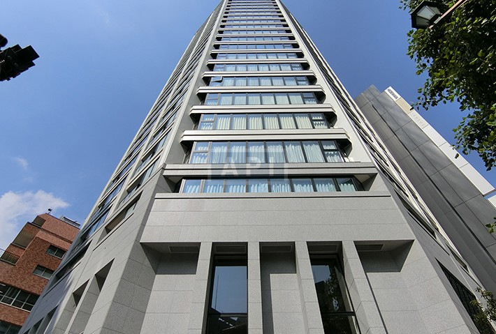 | THE CHIYODA KOJIMACHI TOWER Exterior photo 02