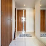    Interior photo 09